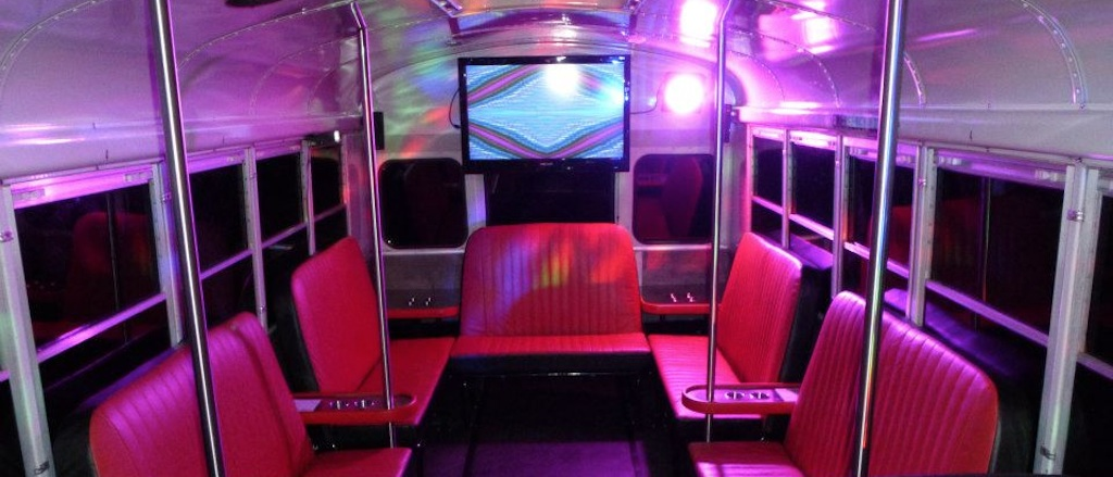 Bus Bar: Stuttgart Partybus Detroit