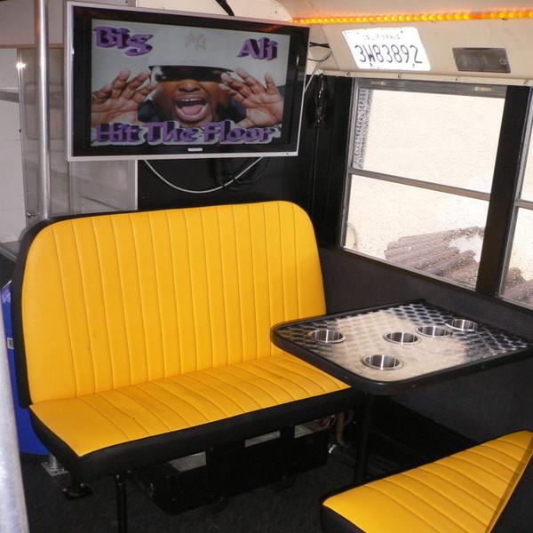 Bus Bar: Erding – München – Landshut Partybus New York