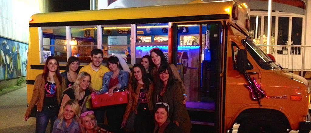 Bus Bar: Erding – München – Landshut Partybus Miami Beach