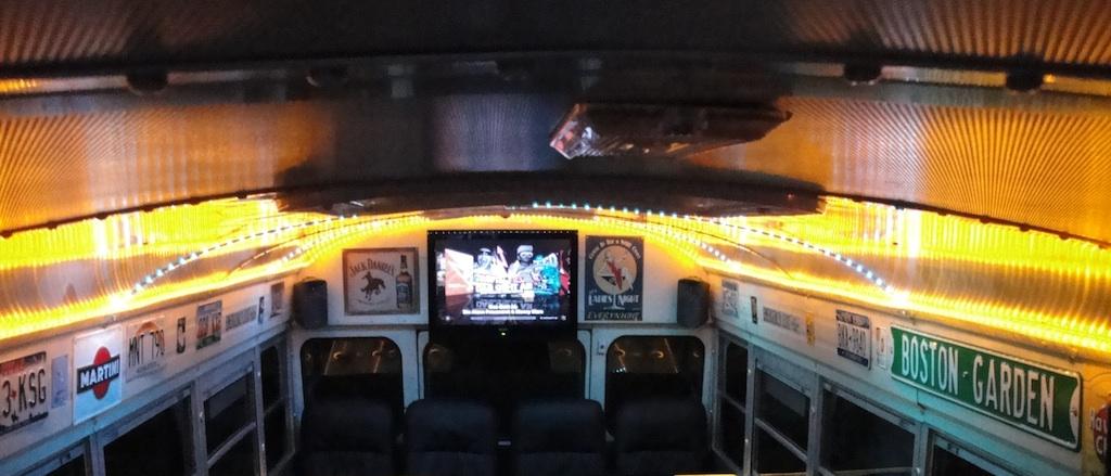 Bus Bar: Hamburg Partybus Boston